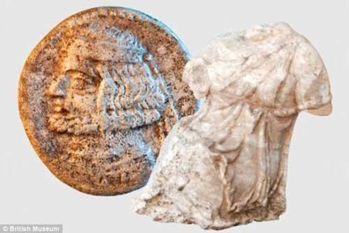 Άγαλμα του θεού Άδωνι που βρέθηκε στην περιοχή